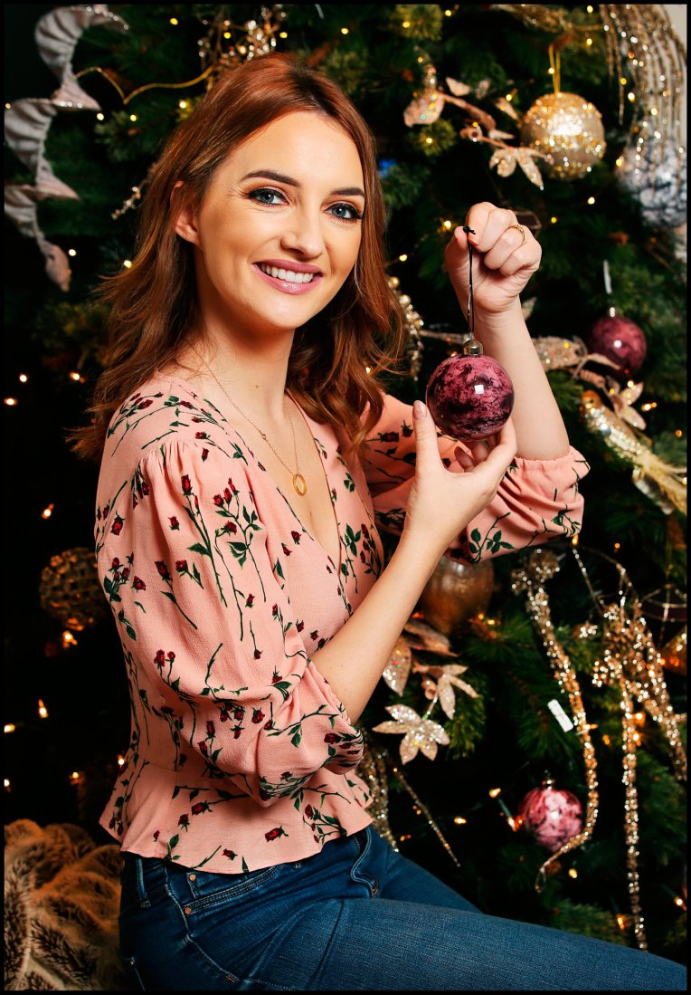 IW CHRISTMAS 7SH.jpg